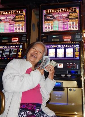 Trinidad Torres wins Megabucks; photo courtesy Westgate Las Vegas